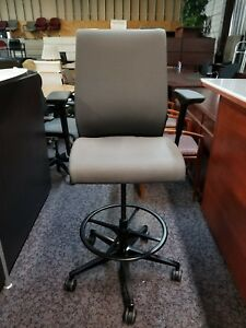 Steelcase Think Drafting Stool