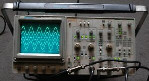 Tektronix 2245a 100 Mhz Oscilloscope Calibrated B031470 Two Probes Power Cord
