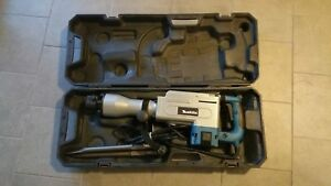 New Makita Hm1304b 35 Lb Demolition Hammer Includes Carrying Case With Wheels