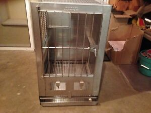 Wahmann Stainless Steel Animal Cages kennel 25 x18 x30 Good Condition