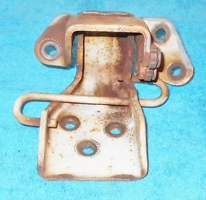 1967 1968 Mustang Fastback Coupe Gt A Shelby Cougar Xr7 Orig Rh Lower Door Hinge