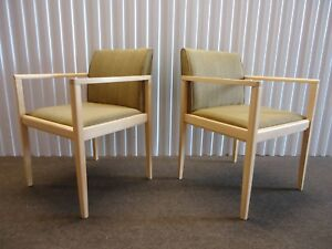 Steelcase Collaboration Pair Of Guest Or Dining Chairs Very Comfortable
