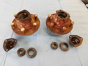 International Farmall 300 Utility Front Hub With Bearings Bolts Tractor