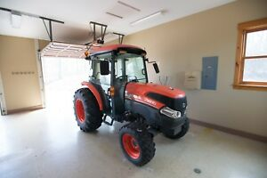 Kubota L3940 Tractor With Only 276 Hrs