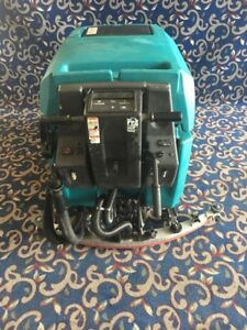 Tennant 5680 32 Floor Sweeper Scrubber With Low Hours And Free Shipping