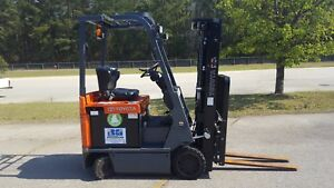 2013 Toyota 7fbcu15 Forklift Truck Includes Charger 2018 Battery
