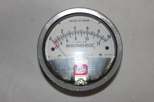 Dwyer Magnehelic 2010 Ave 0 To 10 Differential Pressure Gage Nib 15 Psig