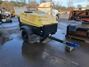 2010 Atlas copco Xas185cd7 Portable Air Compressor 1 895 Original Hours clean