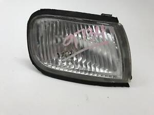 1998 Nissan Maxima Right Front Passenger Side Marker Turn Signal Pshv