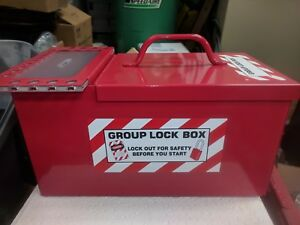 Brady 105717 Combination Portable Group Lock Box And Lock Storage