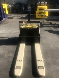 Crown Electric Pallet Jack Heavy Duty Refurbished