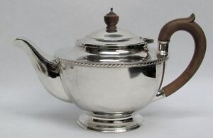 Superb Classic 1947 London Sterling Silver Wooden Handle Tea Pot