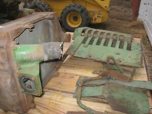 B John Deere Radiator And Shrouding