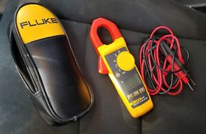 Fluke True Rms Clamp Meter 324 With Leads