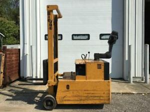 Big Joe Forklift Walk Behind 2000lb 60 Lift Pcdm 20 60 W built In 24v Charger