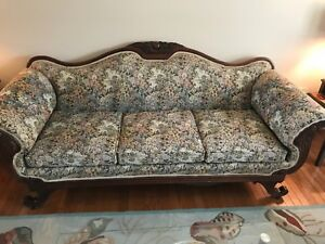 Antique Victorian Sofa Fruit And Nut