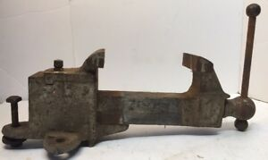 Vintage 28 Lbs Bench Benchtop Vise blacksmith Opens To 6 5 3 5 Jaws