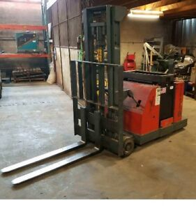 Bt Prime Mover Sc30 Stacker Electric 24v 3k Cap 100 Height No Battery