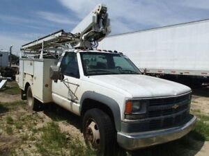 Rear Axle 2wd I beam Front Axle Only Fits 92 02 Chevrolet 3500 Pickup 82551