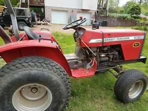 1020 Massey Ferguson Tractor Hydrostatic Landpride Finishing Mower And Spreader