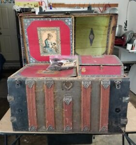 Antique Victorian Humpback Steamer Trunk Ornate With 2 Layer Insets And Wheels
