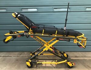 Stryker Power Pro Xt Model 6500 Ambulance Stretcher W Battery Only 29 Hours