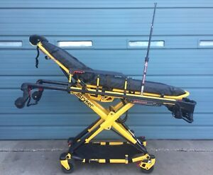 Stryker Power Pro Xt Model 6500 Ambulance Stretcher W Battery Only 34 Hours
