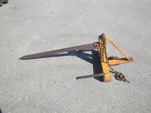 Heavy Duty Bucket Mount Hay Spear