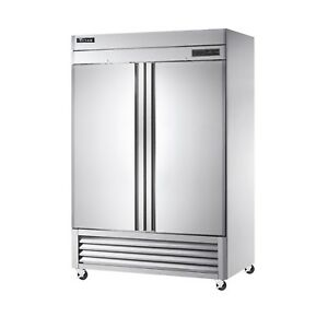 Titan Tif49 bm Bottom Mount Upright Reach In Freezer 2 Door