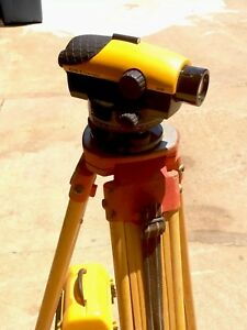 Cst Berger24x Laser Level With Tripod And Standard Measure Rod Used