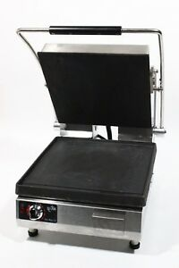 Star Commercial 14 5 X 14 Inch 240 Volt Panini Sandwich Grill Press Pst 14i