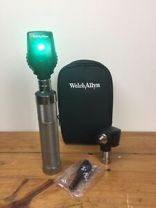 Welch Allyn Otoscope 25020 Ophthalmoscope 11710 Handle Diagnostic Set With Case