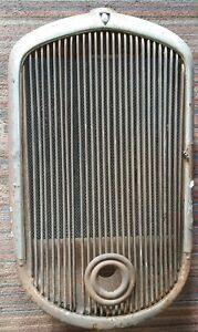 1930 s Plymouth Grill Radiator 1932 1933 1934 1935 1936 1937 32 33 34 35 36 37