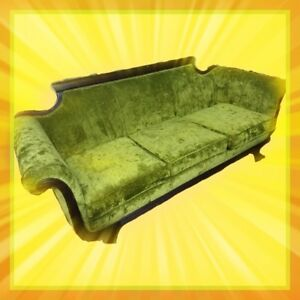 Antique 19th Century Classical Carved Mahogany Duncan Phyfe Sofa