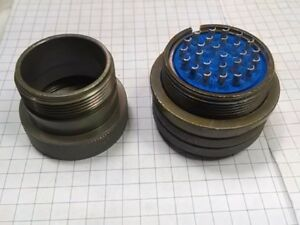 New Amphenol Circular Mil Spec Connector 26p Size 28 Socket