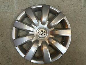 61136 New 15 Inch Toyota Camry Hubcap Wheel Cover 2004 2005 2006