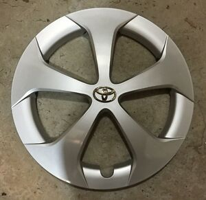 61167 New 2012 2015 Toyota Prius 15 5 Spoke Hubcap Wheelcover 2012 13 14 15
