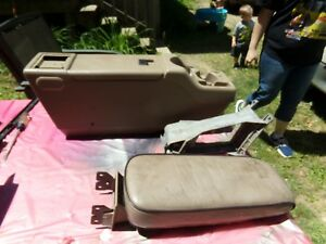 2002 Ford Ranger Front Console W Bucket Seats Tan