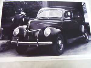 1939 Ford Deluxe 11 X 17 Photo Picture
