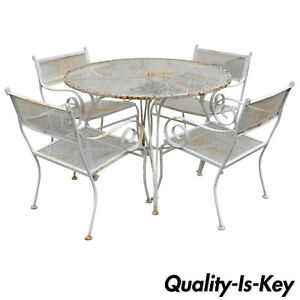 Vtg 5 Piece Wrought Iron Metal Scroll Arm Patio Dining Set Round Table 4 Chairs