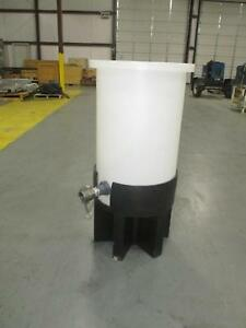 Chem tainer 30 Gallon Cylindrical Cone Bottom Tank W Poly Stand Tc1840ap
