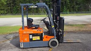 2014 Toyota 7fbeu18 Forklift Truck 4 way W side Shift Fork Positioner W charger