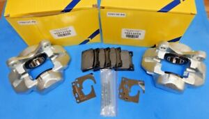 New Pair Of Brake Calipers For Triumph Spitfire 100 Stainless Pistons Pads