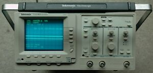 Tektronix Tas465 Dual Trace Oscilloscope 100 Mhz Works Great Great Condition