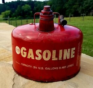 Vintage Sears 2 1 2 Gallon Metal Gas Can With Spout