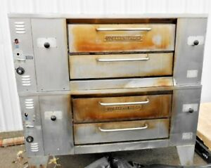 Bakers Pride Ds 990 Commercial 48 X 36 Double Deck Pizza Oven 140 000 Btu