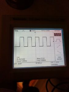 Tektronix Tds1002 60 Mhz 2 Ch 1 Gs s Digital Storage Oscilloscope Tested