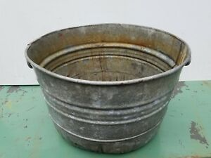 Vintage Primitive Galvanized Steel Round Wash Tub Great For Planters