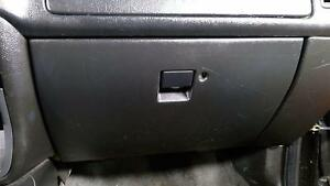 99 01 Isuzu Vehicross Glove Box Assembly