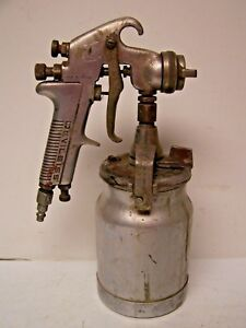 Vintage Devilbiss Jgv 560 Paint Spray Gun W Canister Made In England